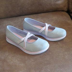 Girls Size 3 Champion Athletic Ballet Flats New